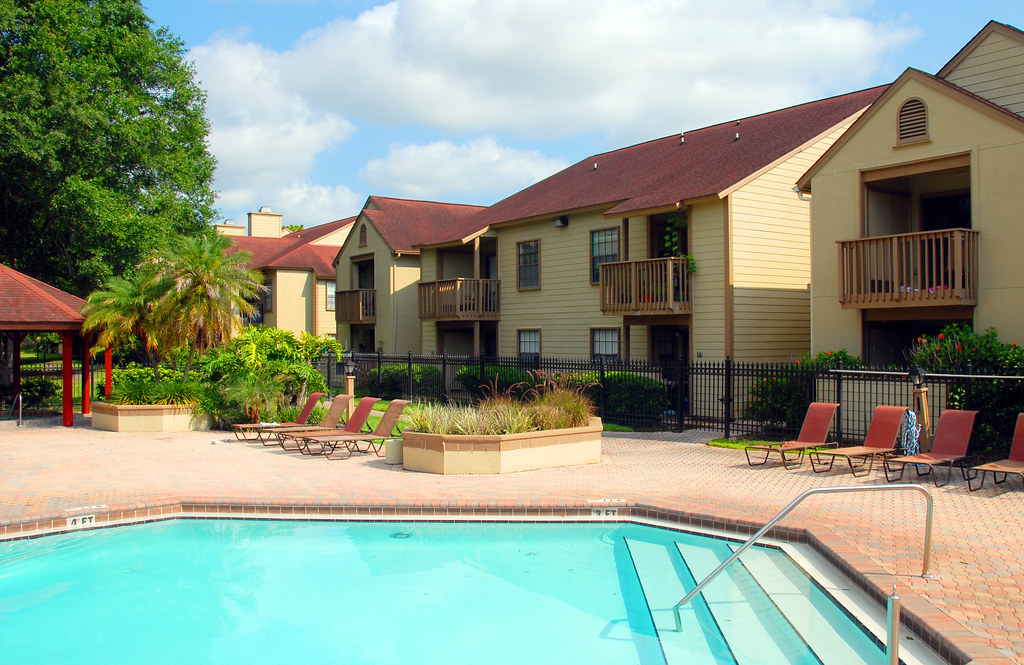 The Crossing Apartments Anaheim Ca