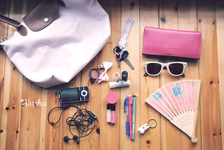 what's in my bag? | by *vivika