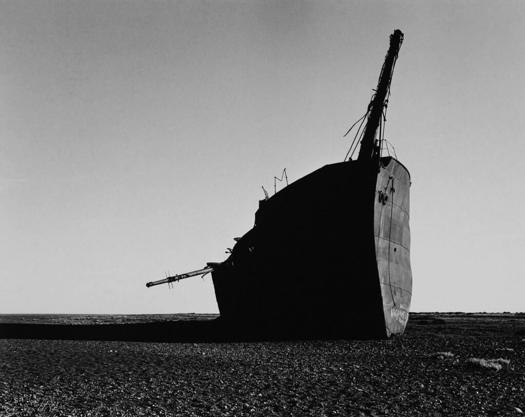 Barco Encallado. Santa Cruz (1989) | Marcos Zimmermann | Cancillería ...