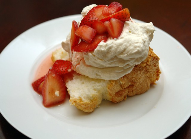 Classic Angel Food Cake with Vanilla Whipped Cream and Gra… | Flickr ...