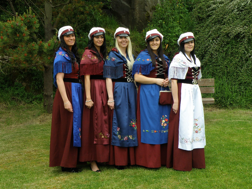 Faroese girls