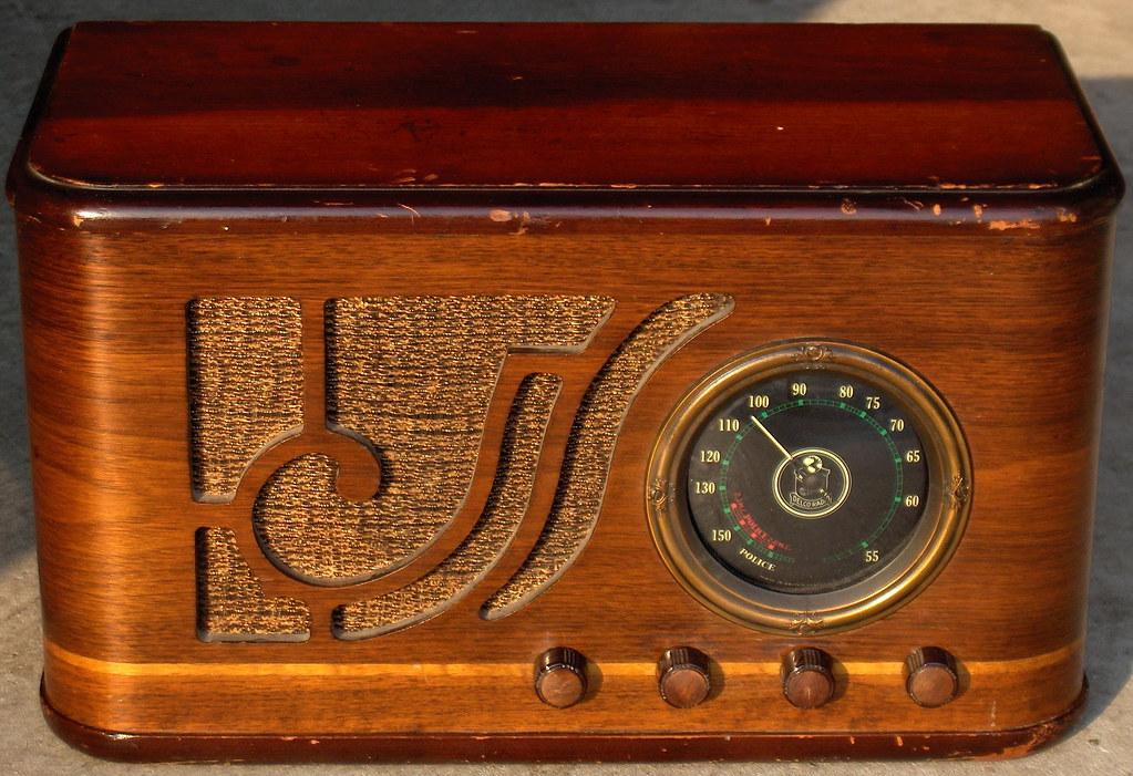 delco model r 1115 tube radio small table top radio that f flickr. Black Bedroom Furniture Sets. Home Design Ideas