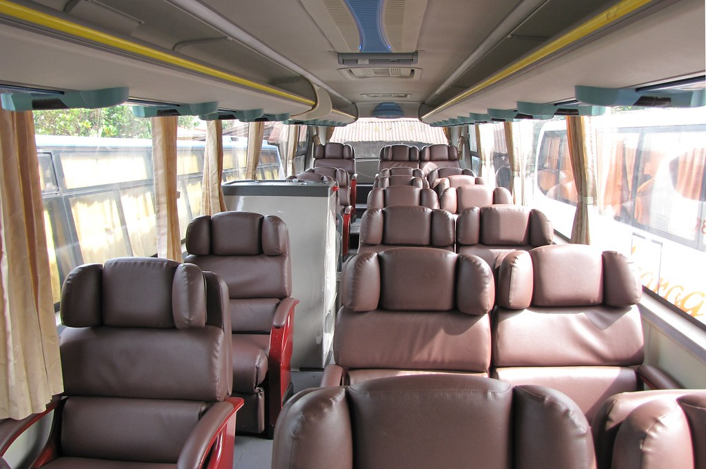 Inside Isarog 723k Very Nice Seats 20 Seater Lang Mas