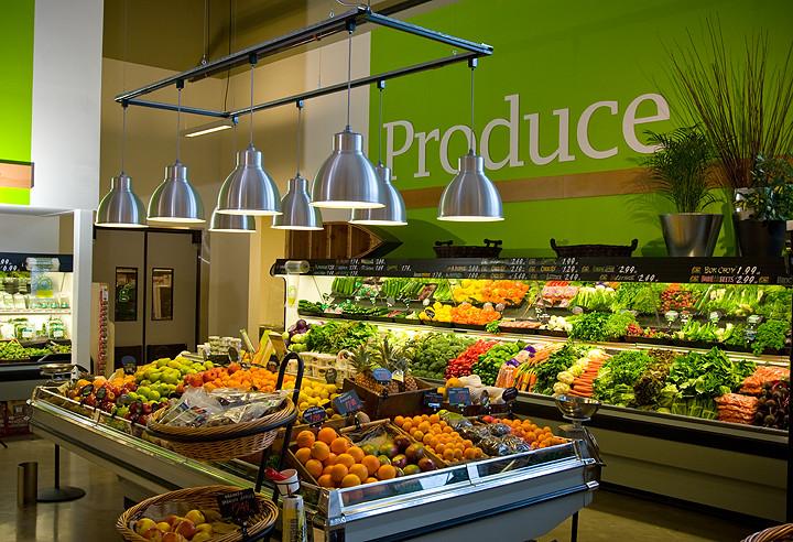 Supermarket Interior Decor Produce Area Hanging Trelli Flickr