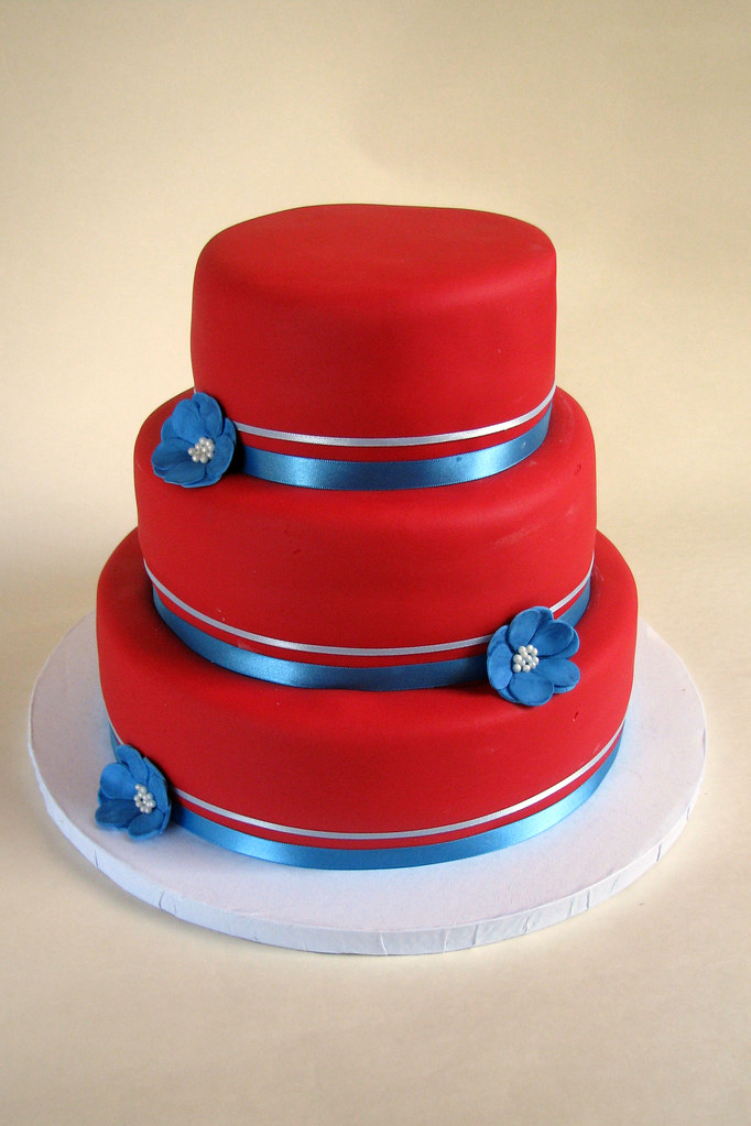 wedding cakes red white and blue and blue wedding cake i had free with this 25360