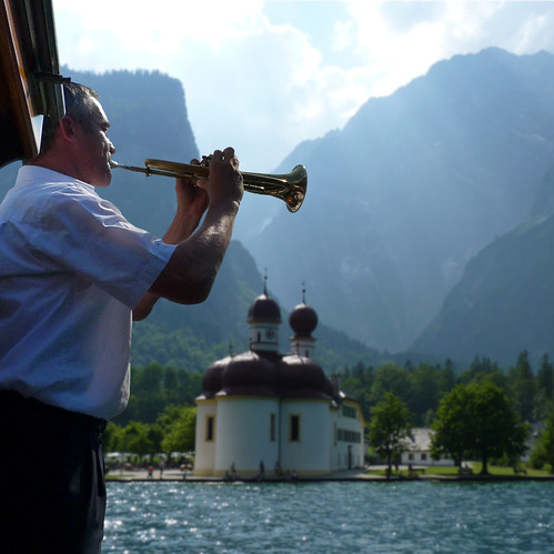 Captains flugelhorn is echoed back from rocky Königssee mountains | by B℮n