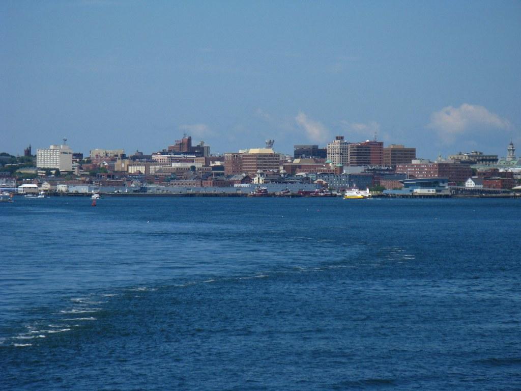 Portland Maine Roundtrip Flight To Daytona Beach Fl