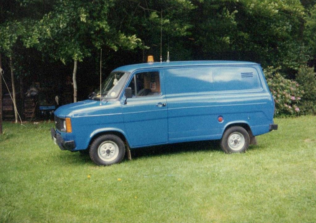 ford transit mk2 1980 v 2 4 york diesel mng404v 2 4. Black Bedroom Furniture Sets. Home Design Ideas
