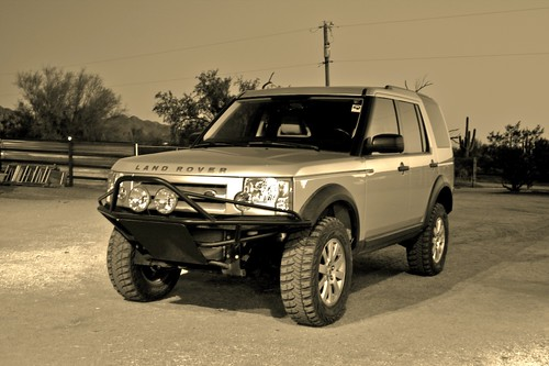 White Lifted Range Rover >> 2006 LAND ROVER LR3 | I thought this looked kind of cool ...