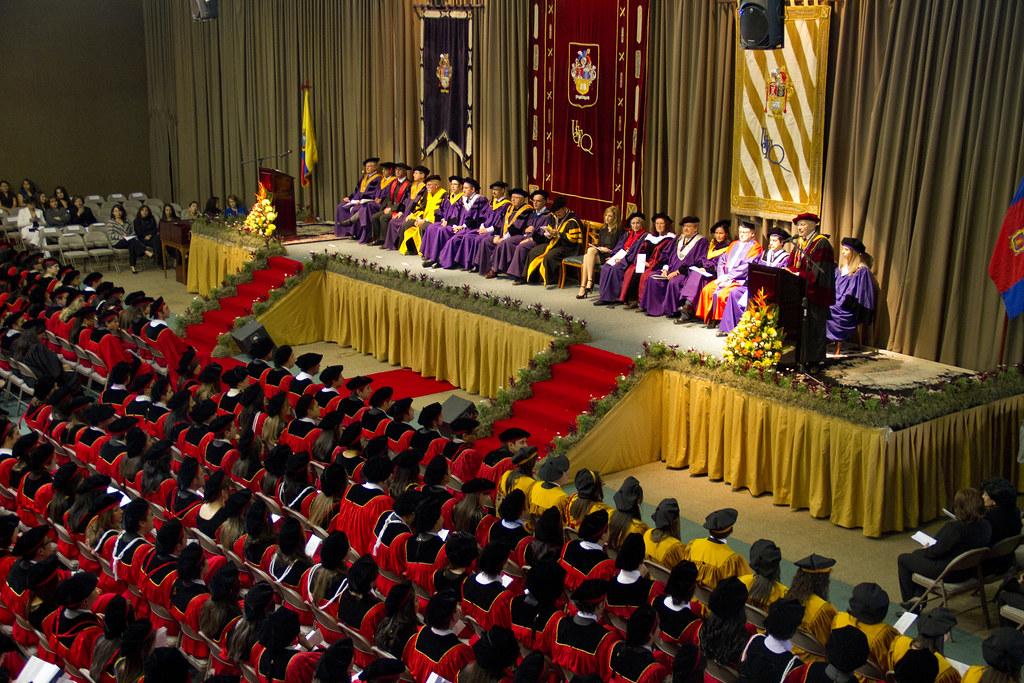 Graduación USFQ 2011 | Universidad San Francisco de Quito ...