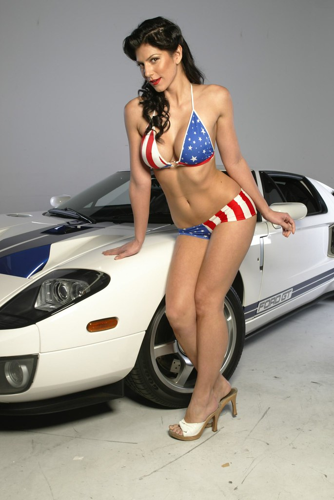 ford gt40 and hot girl in bikini white with blue stripe. Black Bedroom Furniture Sets. Home Design Ideas