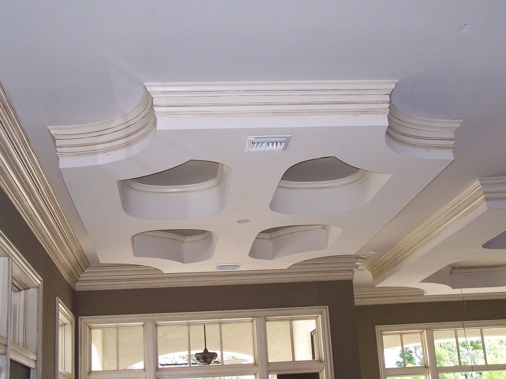 Two Step Crown Moulding On Curved Drop Down Ceiling Flickr