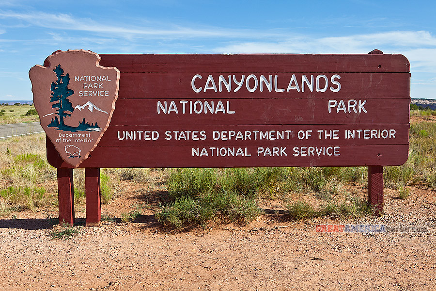 canyonlands national park map with 4806138156 on 6318590905 moreover Lepidium Montanum2 l moreover Holeman Slot l as well 11215737946 as well Watch.