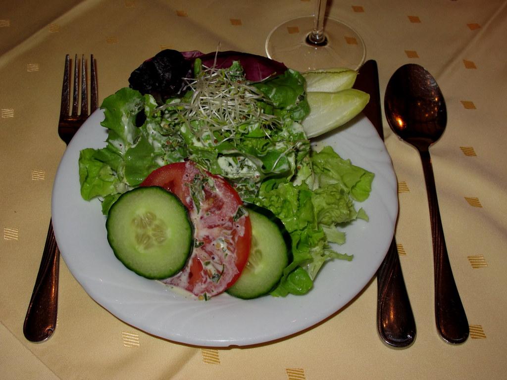 gemischter salat mit honig mohn senf dressing im schnabule flickr. Black Bedroom Furniture Sets. Home Design Ideas