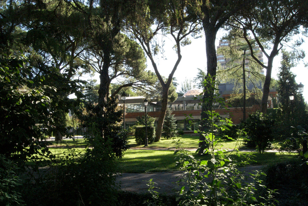 Jardines de cecilio rodriguez viviendo madrid flickr for Jardines cecilio rodriguez