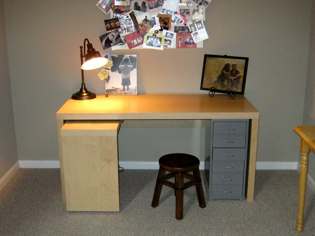 ikea desk with pull out panel for sale 75 bought new in flickr. Black Bedroom Furniture Sets. Home Design Ideas