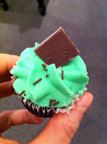 Patty Cake Cupcake Truck Long Island