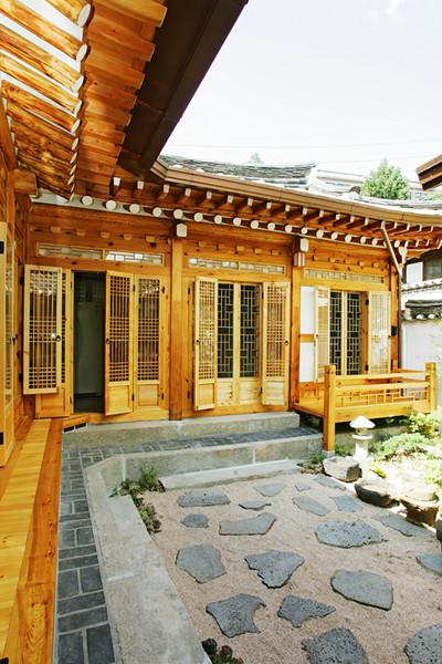 Outside View Of Mangyeongjae A Hanok In Bukchon
