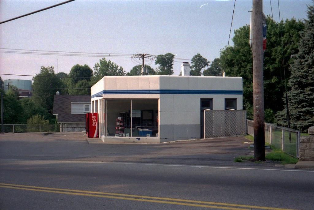 1994 09 17 Vintage Two Bay Porcelain Gas Station Harper
