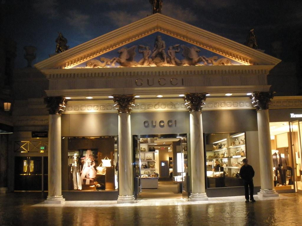 gucci store inside caesars palace las vegas the shop