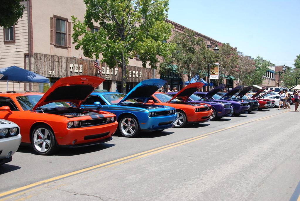 Dodge challenger car club navymailman flickr for Auto motor club comparisons