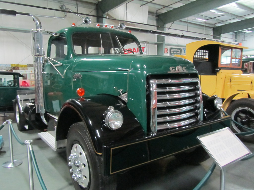 GMC 950 Truck - 1952 | The Golden Age of Trucking Museum, Mi… | Flickr