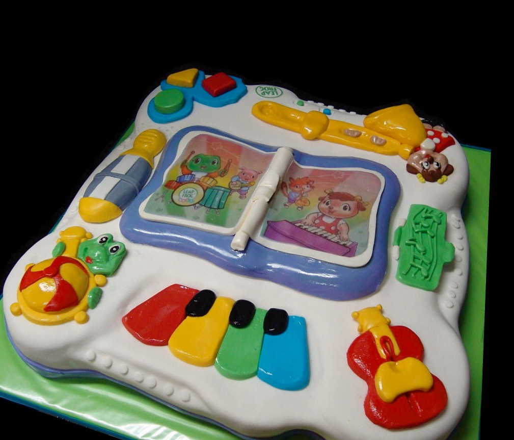 Leapfrog Cake For A First Birthday One Of Beautiful Baby Flickr