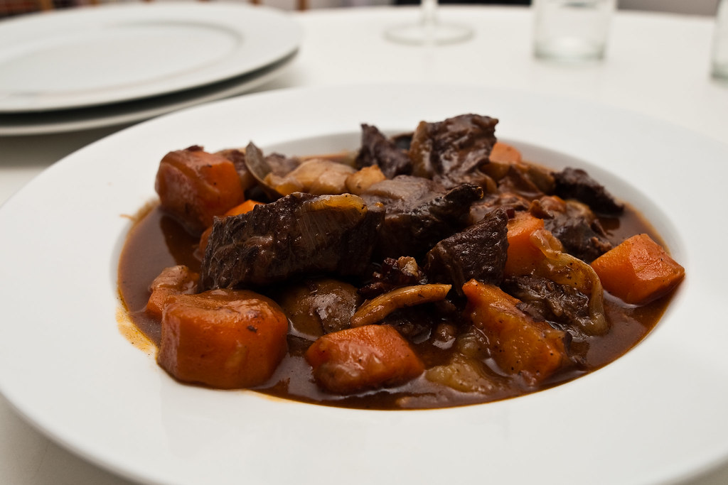 B uf bourguignon it is certainly one of the most - Cuisine bourguignonne ...