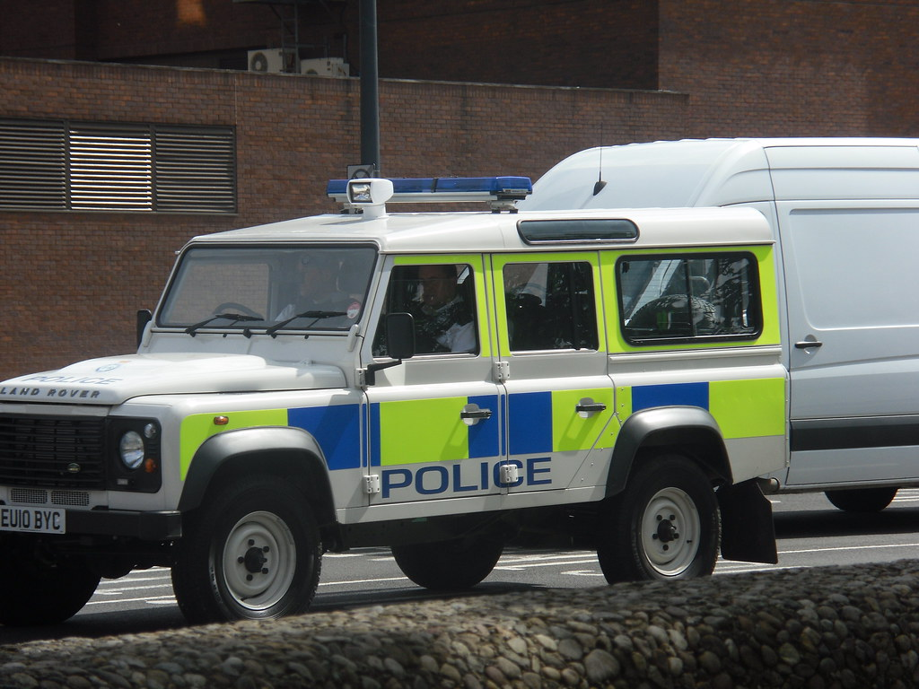 All New Land Rover Defender >> Port Of Liverpool Police | Brand New Land Rover Defender EU1… | Flickr