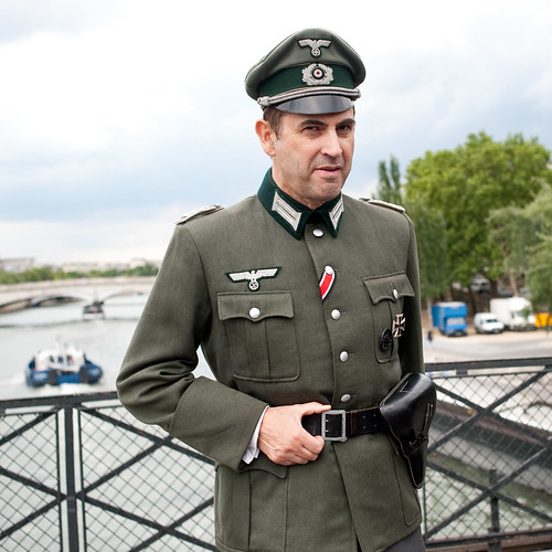 wehrmacht in paris not something you see in paris too