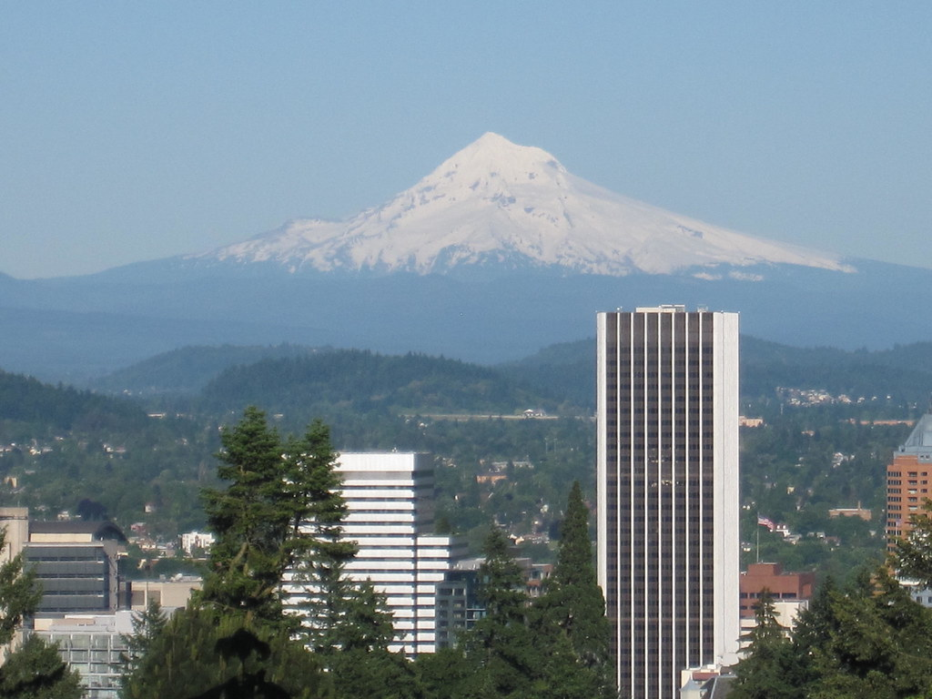 Mt hood view from portland rose garden view of mt hood - Camera world portland ...