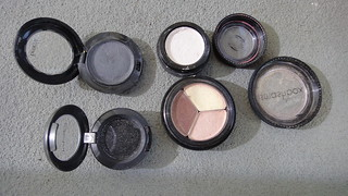 Ahhh! I re-pressed my eyeshadows | by Debs (ò‿ó)♪