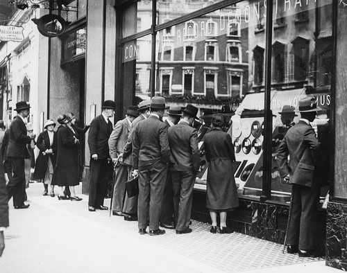 hmv 363 Oxford Street, London - exterior of store with customers 1920s or 30s
