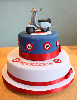 Making D Motorbike Cake Stand Up