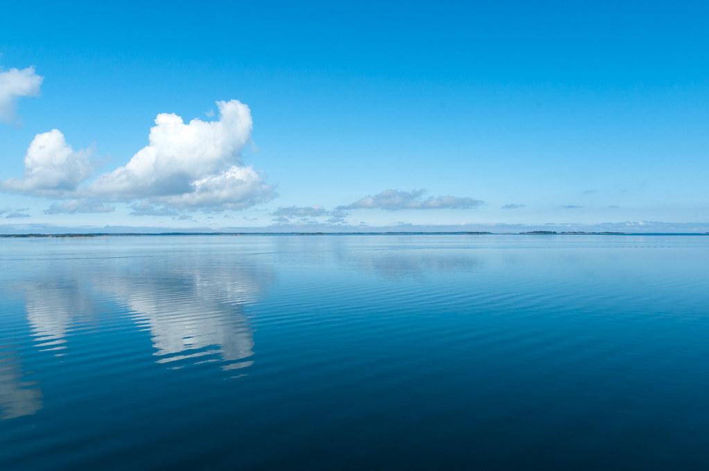 Clouds Over Calm Sea Linssimato Flickr