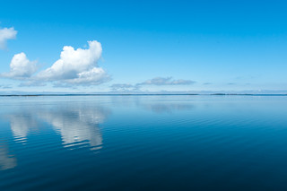 Clouds over calm sea | by linssimato