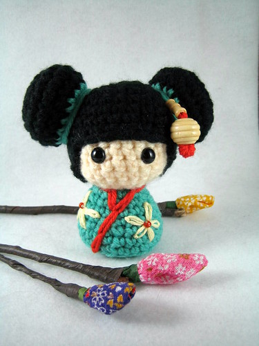 Amigurumi Free Patterns Geisha : Haruko, an amigurumi kokeshi doll Haruko is a kokeshi ...
