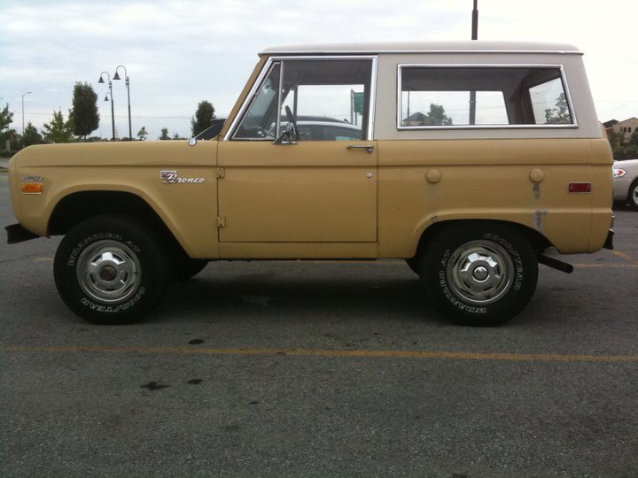 New Ford Bronco >> Old School Ford Bronco | Classic Ford Bronco spotted in the … | Flickr