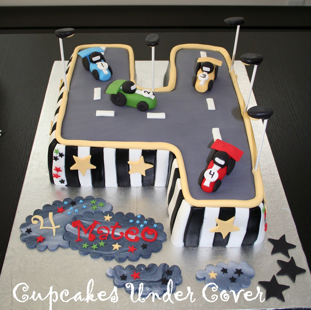 Car Theme Inspired Birthday Cake My Now 4 Year Old Loves S Flickr