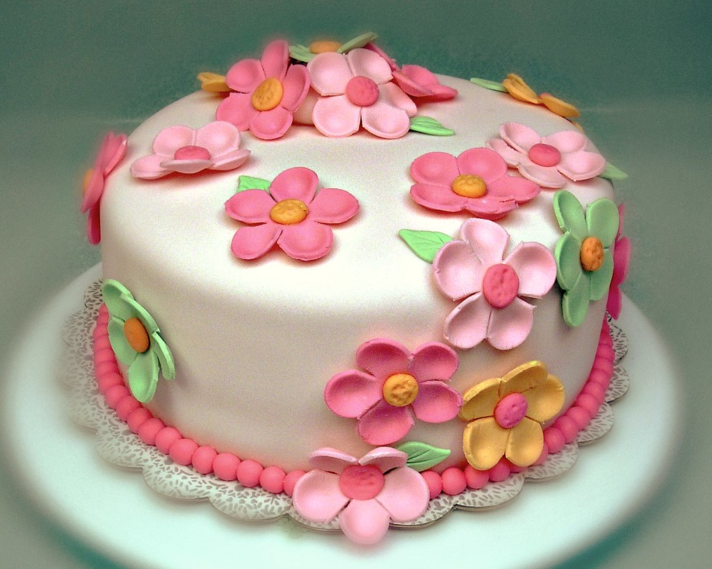 Fondant Cake Designs For Beginners