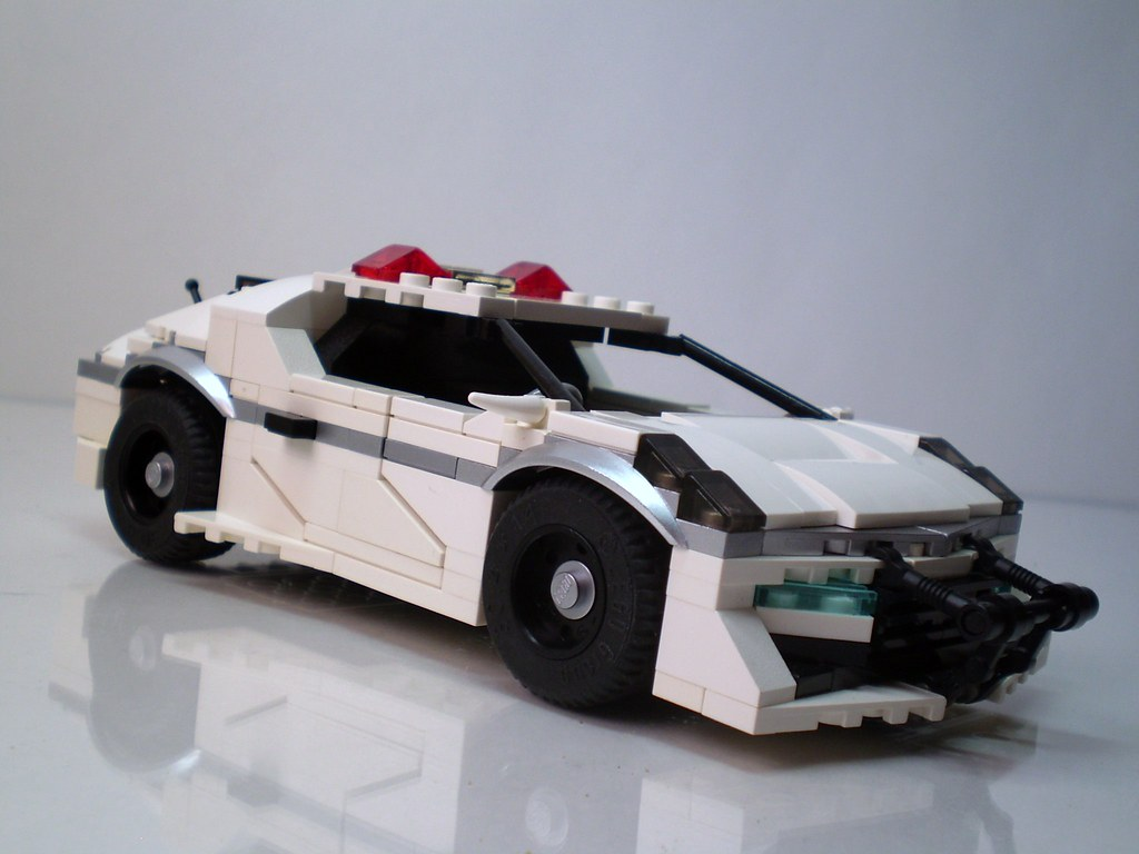 Futuristic Japanese Police Vehicles Here S The 2 Seater