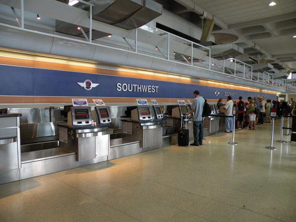 Southwest Airlines Ticket Counter In San Diego Wn737300