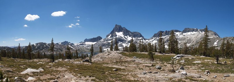 Panorama shot looking south and west from Island Pass on the PCT