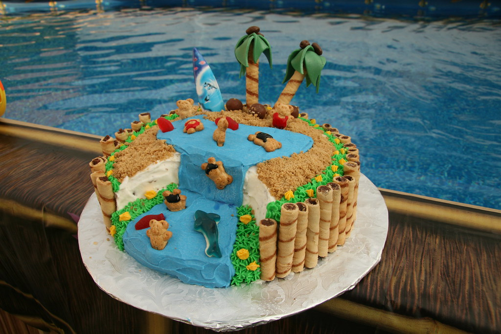 Hawaiian Luau Cake Images