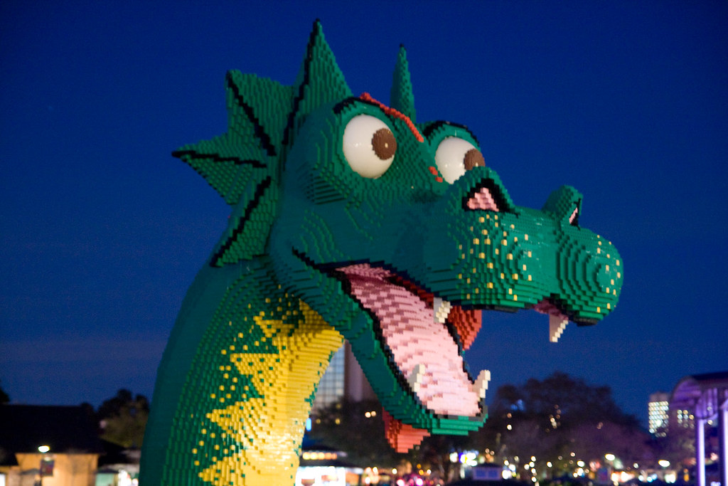 Lego Dragon, Downtown Disney, Walt Disney world, Orlando, … | Flickr