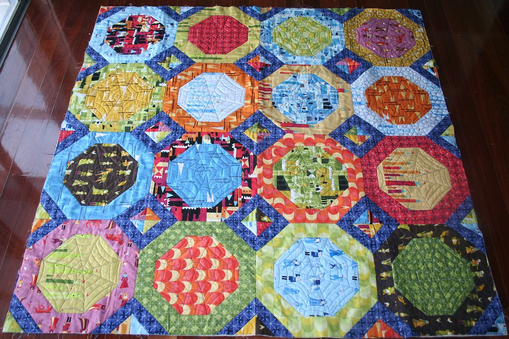 Castle Peeps Octagon Quilt This Is A Picture Of A Quilt