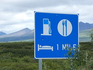 Cartel de gasolinera en Alaska