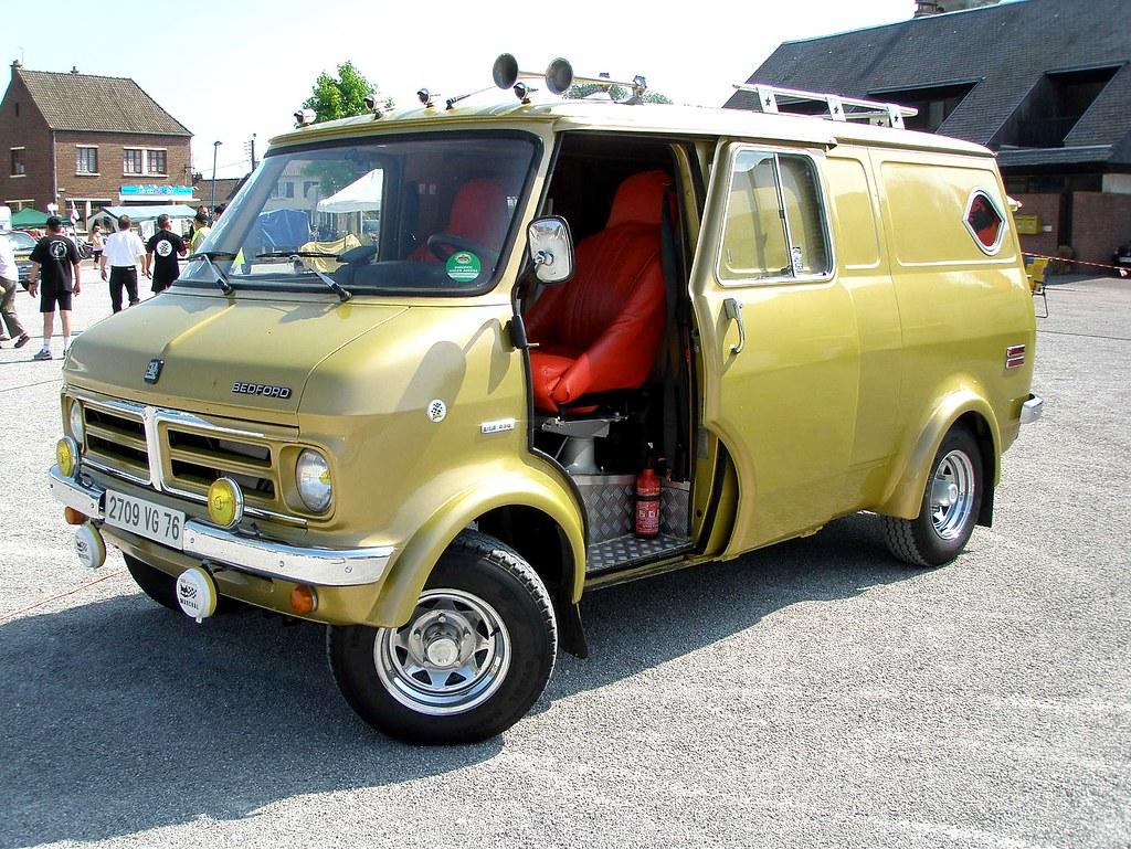 bedford camping car vert olive terroir trophy airaines flickr. Black Bedroom Furniture Sets. Home Design Ideas
