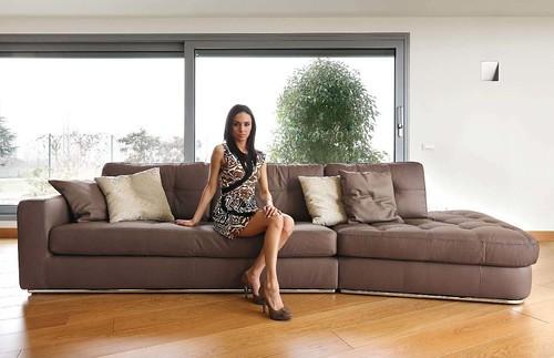 Divano in pelle lobby marrone ditre italia divano in - Divano pelle marrone ...