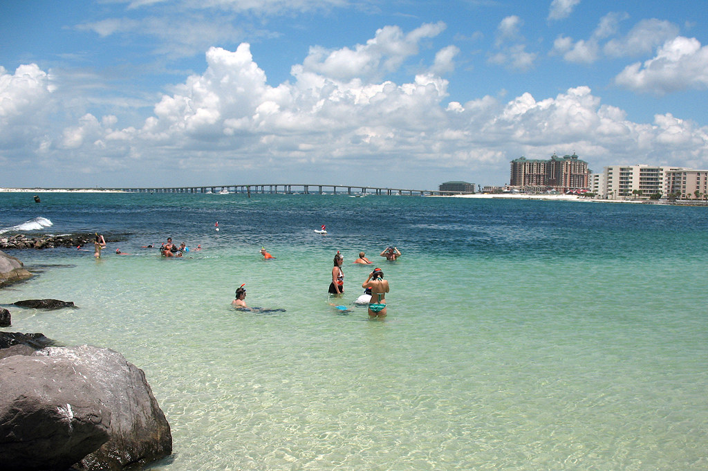 Jetty Destin Florida Snorkelers At The Finger Jetty In